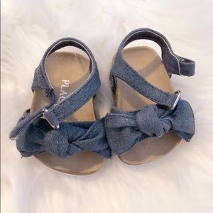 NEW 6 mos baby girl chambray now sandals